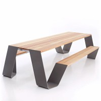 table-exterieur-design-hopper-extremis